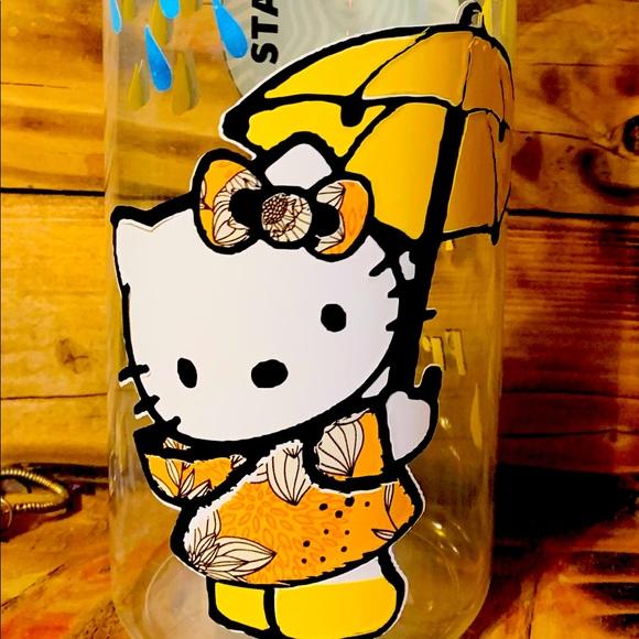 Hello Kitty Waterbottle